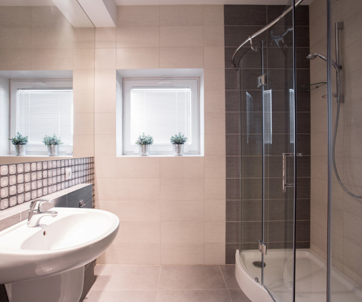 Natural light in small bathrooms is possible
